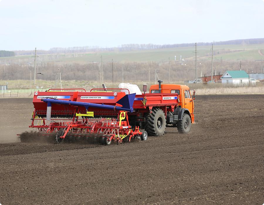 Посевные и почвообрабатывающие комплексы